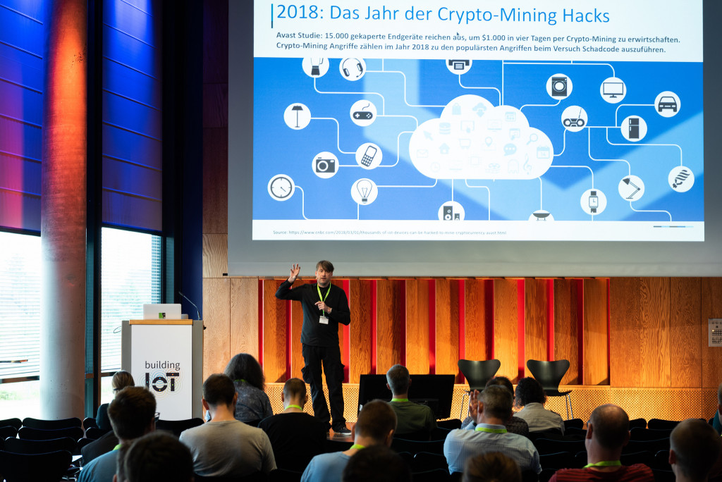 Mirko Ross talk 2018 Building IoT, Cologne, Germany - (c) dpunkt.verlag